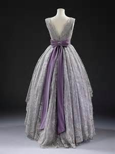 Vintage Style Evening Gown Dresses