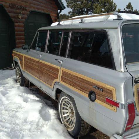 find   jeep grand wagoneer base sport utility