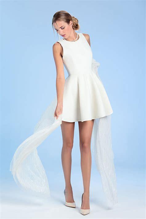robe de mariée patineuse robe de mari 233 e ivoire patineuse courte en lainage c 233 line