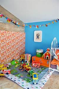 Maison D éveil : une chambre dans les nuages blisscocotte ~ Teatrodelosmanantiales.com Idées de Décoration