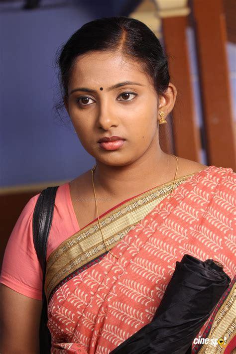 malayalam mallu aunty  pundai tamil aunties pictures