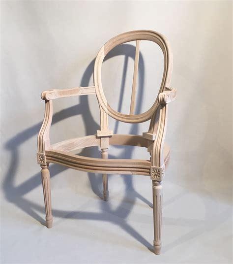 beaux sieges fauteuil louis xvi medaillon a garnir les beaux sièges