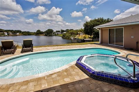 Port Charlotte Home W/ Views, Heated Pool &...