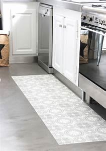 Tapis Vinyl Carreaux De Ciment : mon tapis vinyle carreaux de ciment diy home flooring ~ Melissatoandfro.com Idées de Décoration