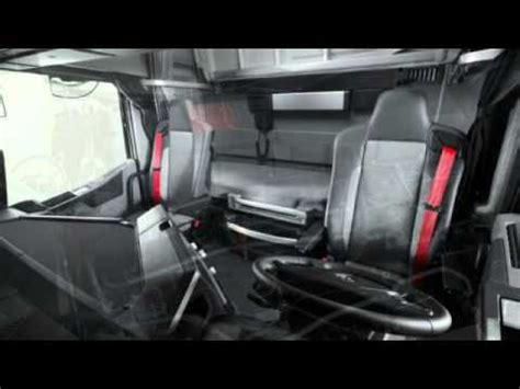 renault magnum  range  interior exterior view