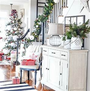 Deck the Halls Christmas Home Tour Elegant Entryway