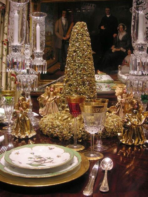 amazing christmas tablescapes ideas
