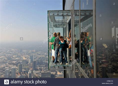 Willis Tower Observation Deck Wait Time by Visitors On The 412 Meter High Observation Deck Skydeck