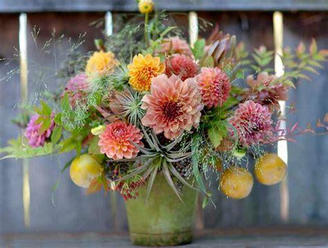 dahlia flower arrangements 92 best images about dahlia on pinterest orange flowers gardens and pink flowers