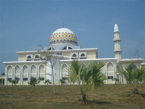 Ke Masjid Walau Jauh teropong teropong masjid sultan ahmad shah baru pekan