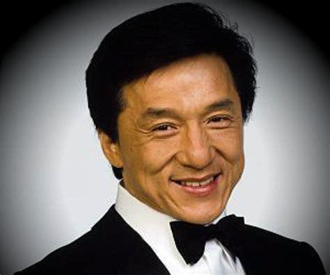 Jackie Chan Biography - Childhood, Life Achievements ...