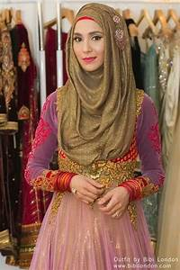 Shopping For The Perfect Abaya & Hijab Eid Outfit ...