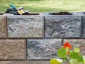 Betonsteine Gartenmauer Preise : trockenmauer f r den garten selber bauen ~ Frokenaadalensverden.com Haus und Dekorationen