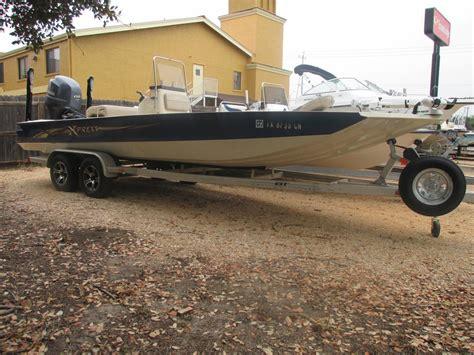 Boat Motors San Antonio by 2015 Xpress Sw22b 22 Foot 2015 Motor Boat In San Antonio