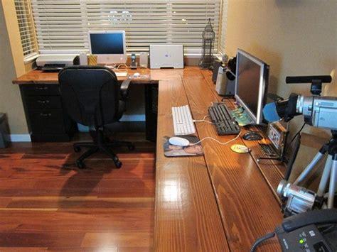 diy corner desk  file cabinet support  lumber