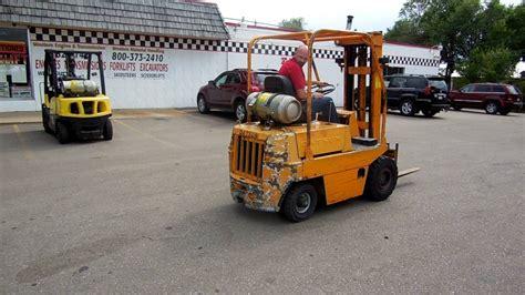 Datsun Forklift by 2284 Datsun 3 000 Lb Pneumatic Tire Forklift