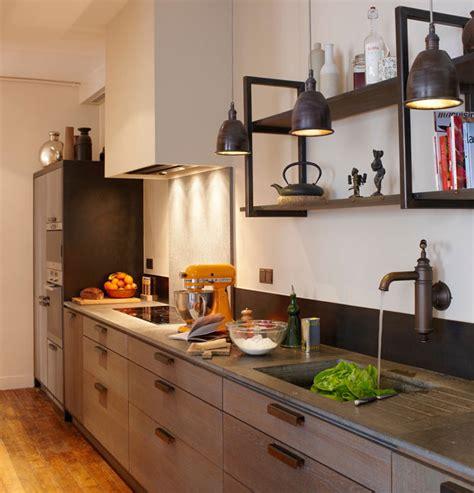 renover sa cuisine en chene refaire sa cuisine en chene armoire de chene a dcaper