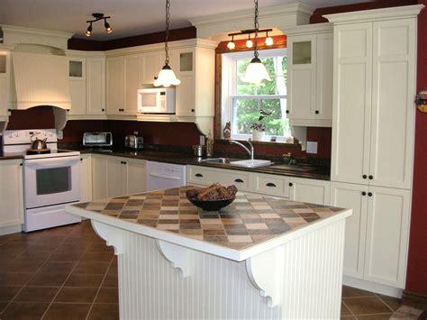 mod鑞e d armoire de cuisine modele de cuisine chetre armoires de cuisine merisier classique latt 2 id e de d