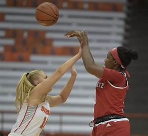 Syracuse women's basketball still sinks a lot of 3s, but ...