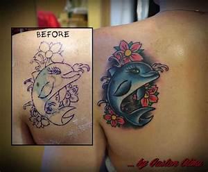 Tattoos Schulter Oberarm Frau : tattoovorlage schulter tattoo delfin ~ Frokenaadalensverden.com Haus und Dekorationen