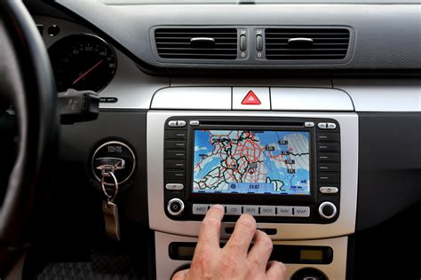 Benefits Of Installing Gps Tracking Systems In Your Car