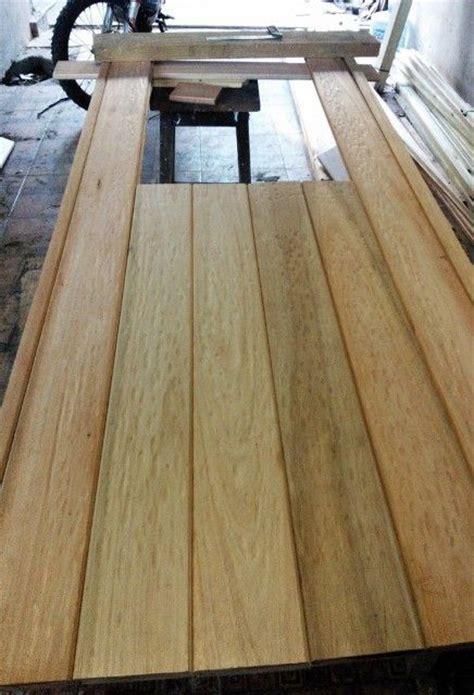 porton de garaje en madera casero corredizo curvo