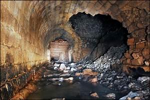 Grinkle Mine Culvert Collapse  U00a9 Philld Cc 2 0