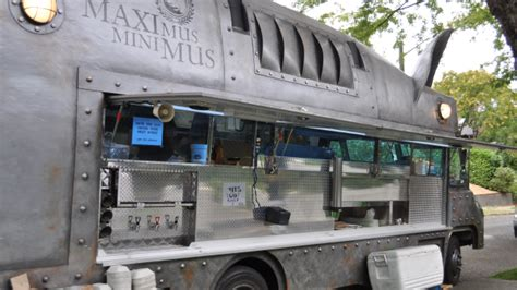 remorque cuisine mobile food truck made in montpellier ulule