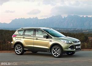 Ford Kuga Dimensions : 2011 ford kuga specifications ~ Medecine-chirurgie-esthetiques.com Avis de Voitures