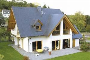 hausbau details dach garagen fassade treppen With markise balkon mit stoneplex schiefer tapete