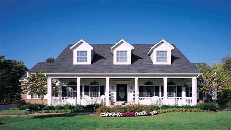 Cape Cod Style House Front Porch