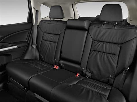 image  honda cr  wd dr   wnavi rear seats