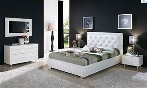 Modern bedroom furniture black and white greenvirals style for Modern home design furniture ideas