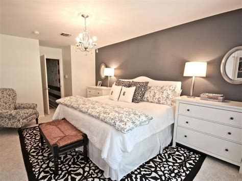 Bedroom Ideas For Small Rooms For Couples by More Loving Bedroom Decorating Ideas For A Single