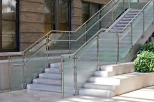 Staircase Ss Railing Design by Stainless Steel Railings Vs Wooden Railings