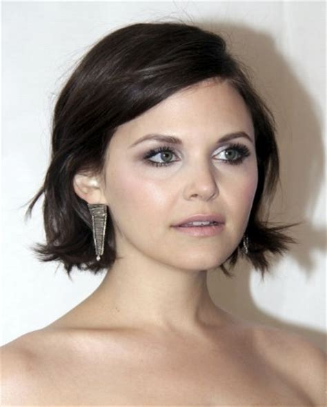ginnifer goodwin short neck level haircut   messy