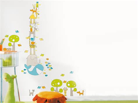 stickers chambre bébé leroy merlin stickers animaux leroy merlin sur un mur blanc de chambre