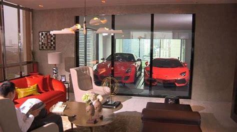 luxurious penthouse apartment  singapore   park  supercar indoors literally