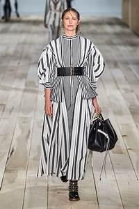 Alexander McQueen Spring 2020 Ready-to-Wear Fashion Show ...