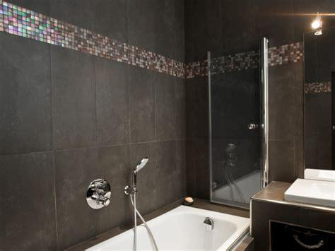 frais carrelage salle de bain avec frise en mosaique 21 dans carrelage au sol de salle de bains