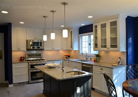 Azul Platino Granite Kitchen Countertop Design Ideas