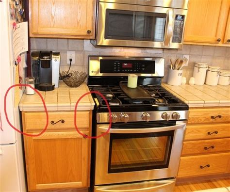 this house kitchen cabinets space between counter and cabinets information 8462