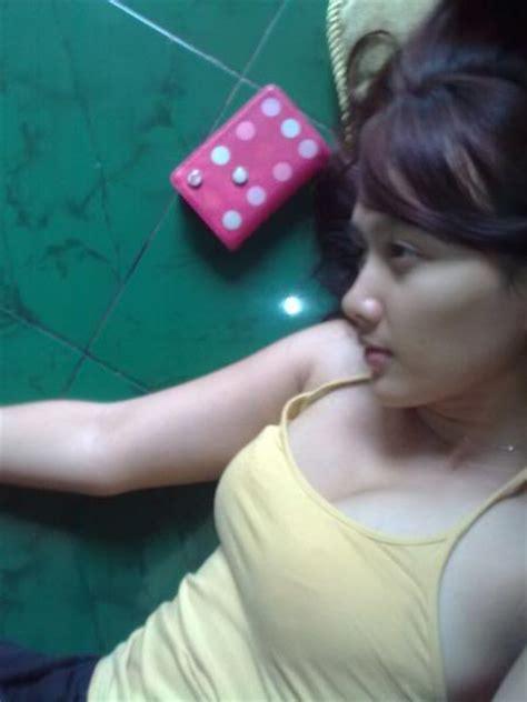 indo hot 2011 cewek bugil telanjang