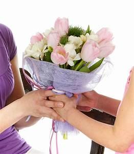 Offrir Un Bouquet De Fleurs : quand offrir des fleurs ~ Melissatoandfro.com Idées de Décoration