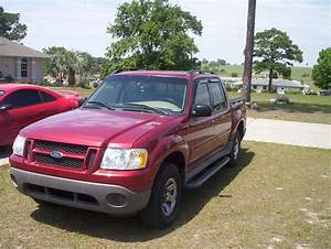 2001 Ford Explorer Sport Trac - Overview