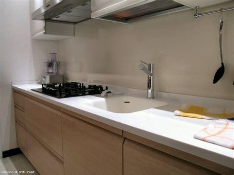piano corian una cucina a diotti a f arredamenti