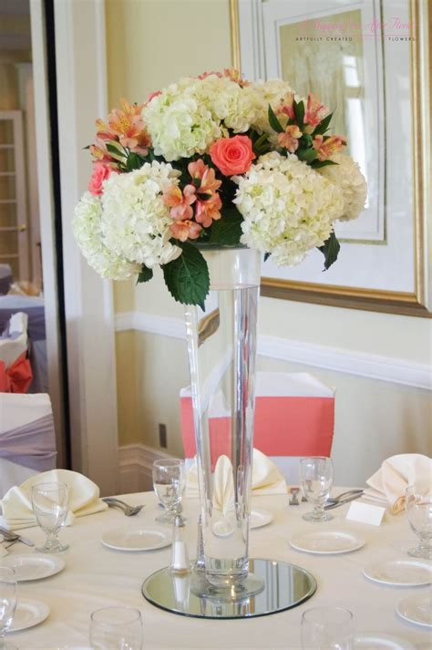 Deercreek Country Club Coral And White Tall Floral