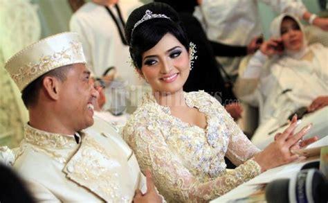 foto foto pernikahan artis tribunnewscom