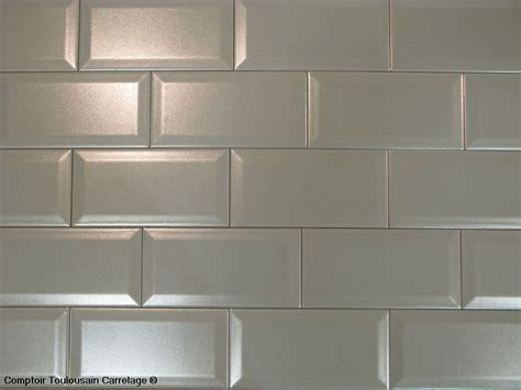 carrelage cuisine metro blanc carrelage 10x20 metro blanc noir carrelage 1er choix