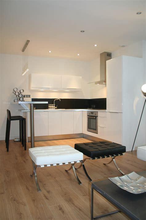 cuisine dans loft cuisine us dans un petit loft à nantes journal du loft